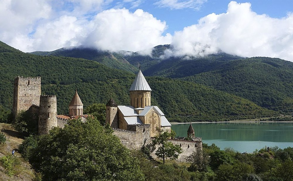 Ananuri Fortress, Tours in Armenia and Georgia by visitarm.com