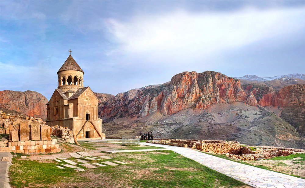 Noravank, Armenia, Tours in Armenia by visitarm.com